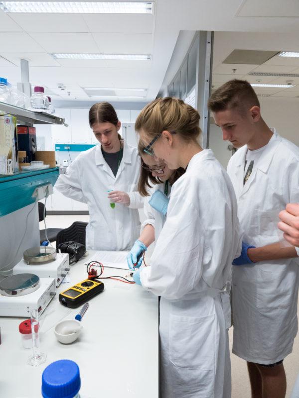Warsztaty badawcze w Centrum Nowych Technologii UW