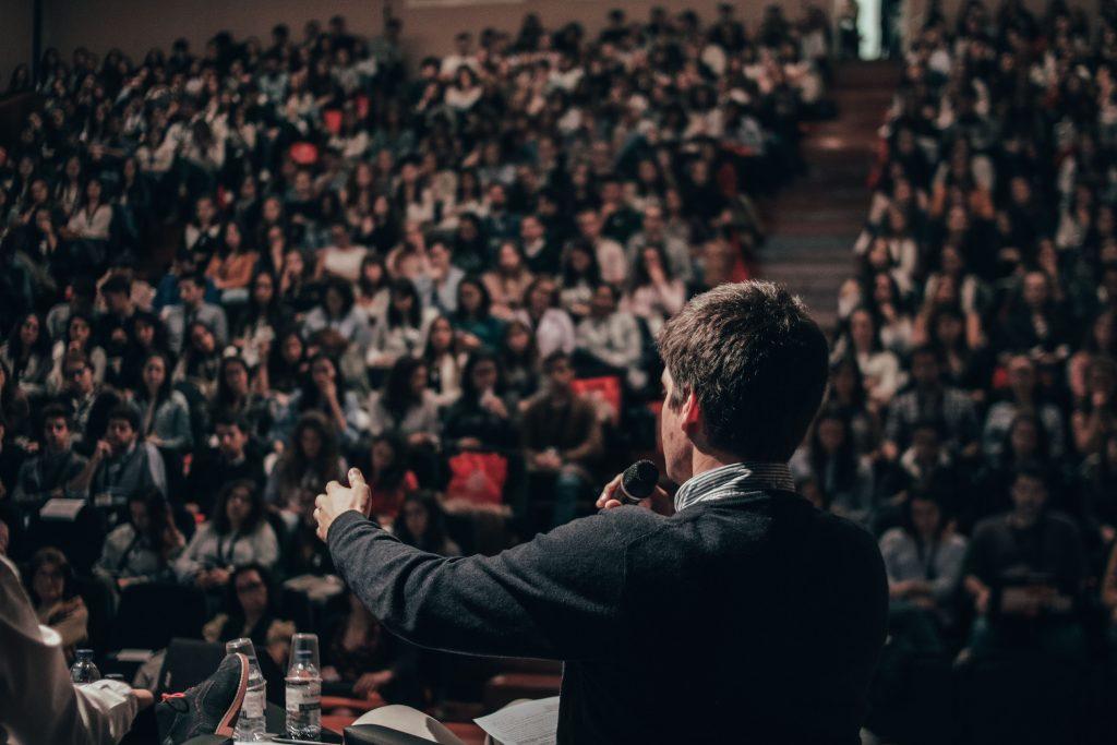 wykłady dobrego mówcy są fajne, ale niekoniecznie skuteczne