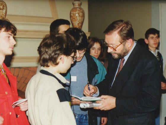 prof. Krzysztof Zanussi podczas obozu w Jadwisinie, 1993